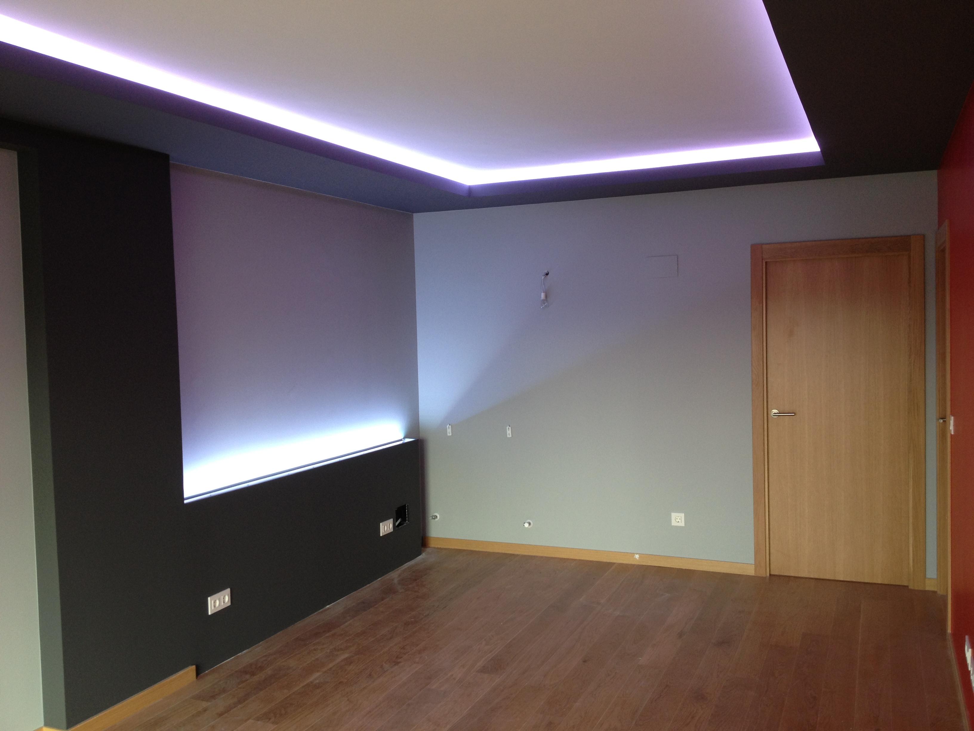 La escayola pladur y las tiras led hacen buen equipo for Crear habitacion 3d online