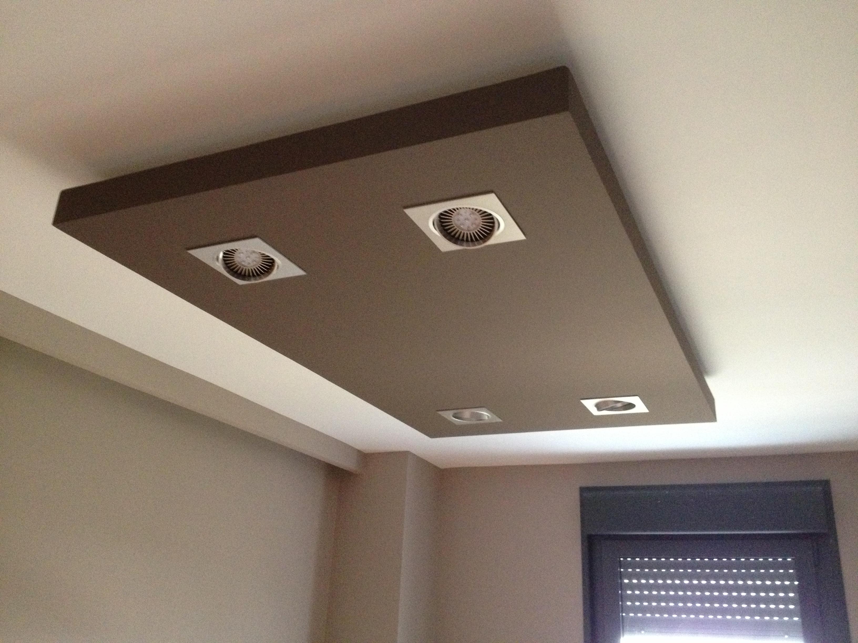 La escayola pladur y las tiras led hacen buen equipo for Como poner chirok en el techo
